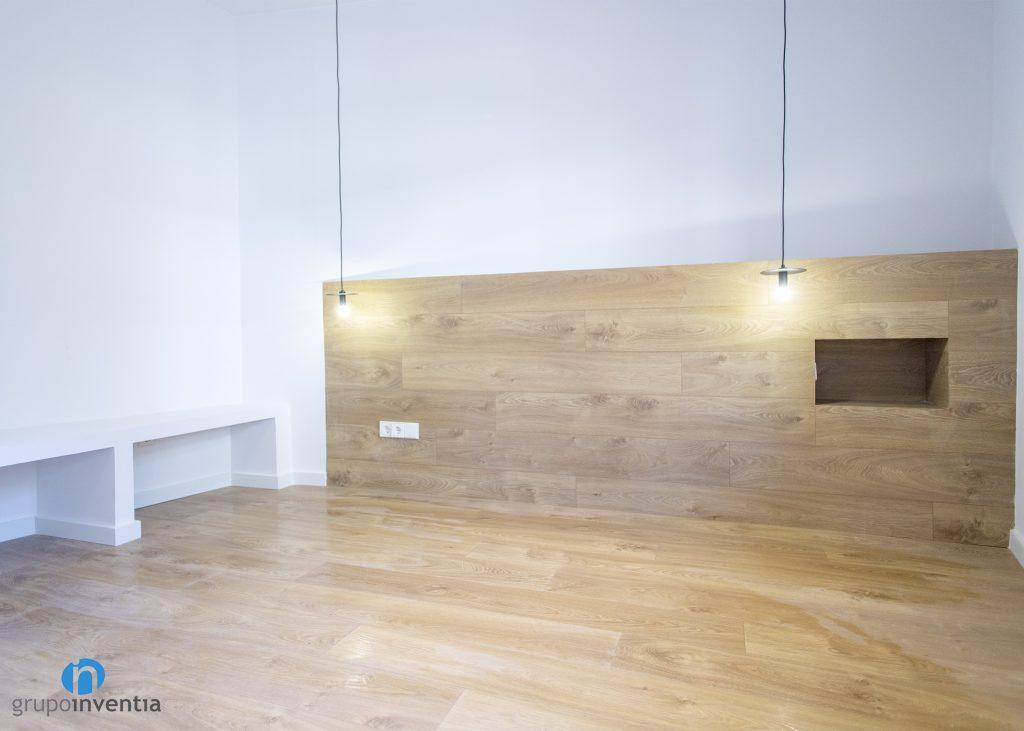 cabecero madera dormitorio