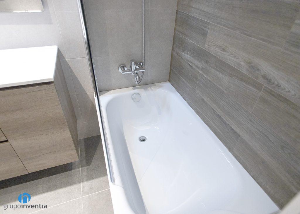 bañera cuarto baño